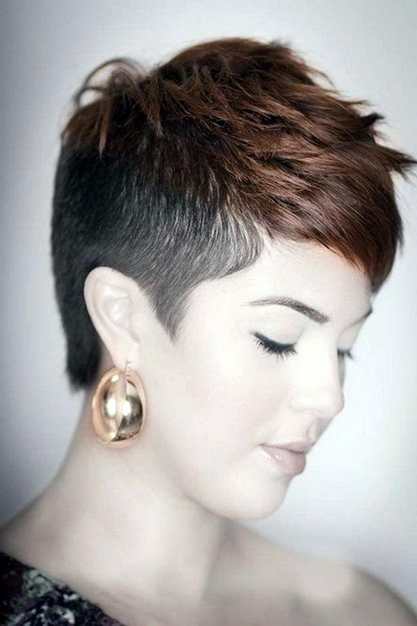 Short Shaved Hairstyles – 2017 Creative Hairstyle Ideas For Short Haircuts With Shaved Side (View 17 of 20)