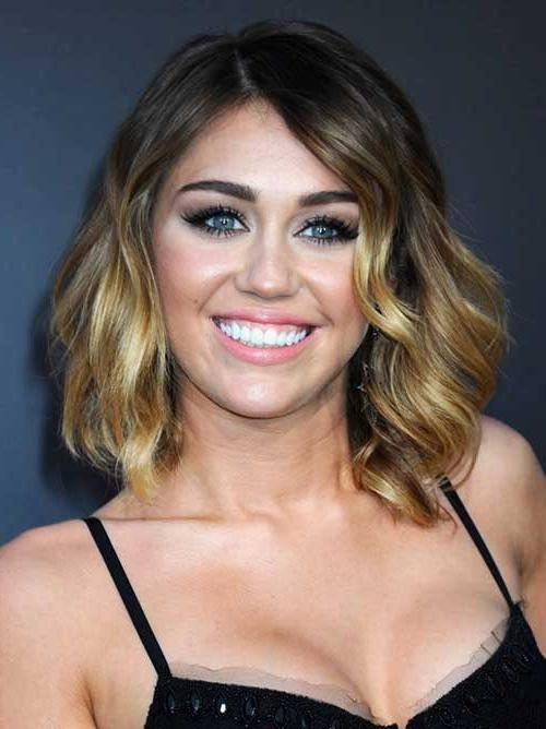 Short Wavy Hairstyles For Round Faces | Short Hairstyles 2016 Inside Short Haircuts For Round Faces And Curly Hair (View 14 of 20)