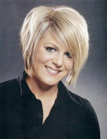 Short Wedge Hairstyles For Women – Hairstyles Weekly Throughout Wedge Short Haircuts (View 13 of 20)