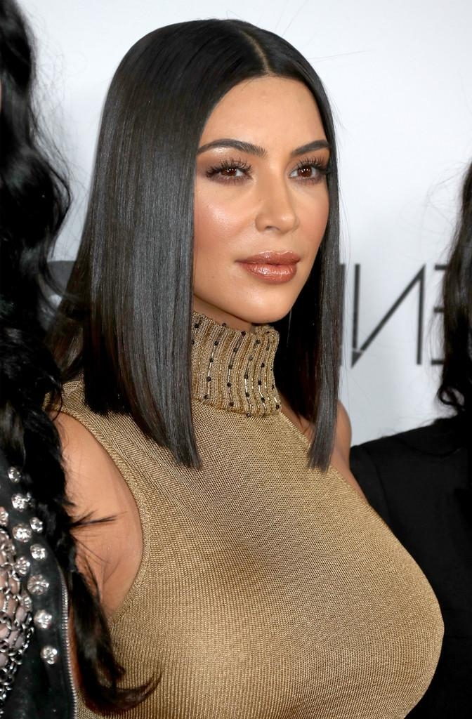 Shoulder Length Haircuts Kim Kardashian: Medium Length Hair Cut With Regard To Kim Kardashian Short Haircuts (View 20 of 20)