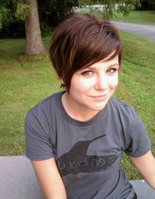 Super Cute Short Haircuts: Straight Hair – Popular Haircuts Throughout Super Short Haircuts For Girls (View 16 of 20)