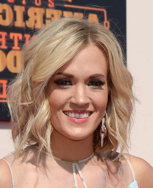 The 25+ Best Carrie Underwood Hair 2016 Ideas On Pinterest Pertaining To Carrie Underwood Short Hairstyles (View 20 of 20)