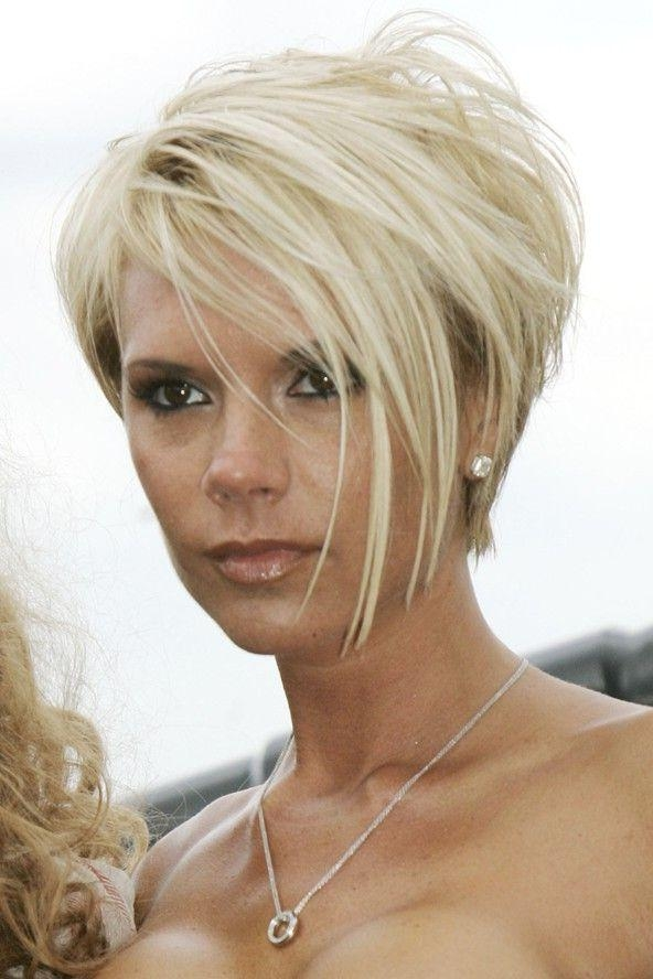 The 25+ Best Victoria Beckham Hairstyles Ideas On Pinterest Intended For Victoria Beckham Short Haircuts (View 11 of 20)