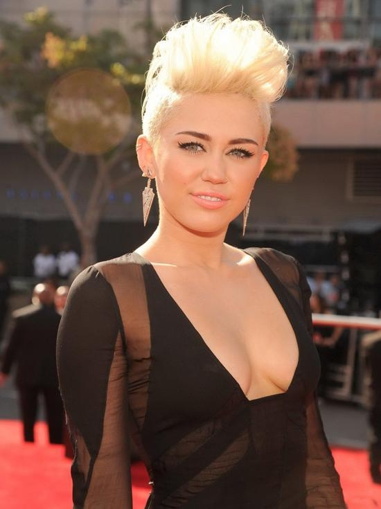 The Best Miley Cyrus Pixie Hair Cuts – Hair World Magazine With Miley Cyrus Short Haircuts (View 19 of 20)