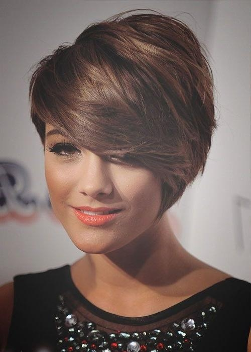 The Best Short Haircuts For Round Faces – Hair World Magazine With Regard To Low Maintenance Short Haircuts For Round Faces (View 20 of 20)