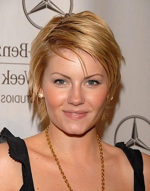 This Seasons Best Short Hairstyles For Round Faces – Women Hairstyles In Face Framing Short Hairstyles (View 20 of 20)