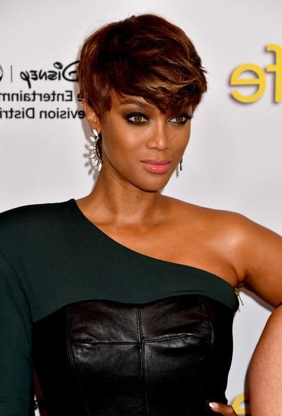 Tyra Banks Emo Bangs – Short Hairstyles Lookbook – Stylebistro Pertaining To Tyra Banks Short Hairstyles (View 14 of 20)