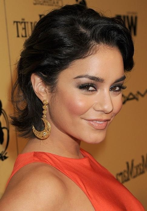 Vanessa Hudgens Short Hairstyle: Bob With Deep Side Part – Pretty In Vanessa Hudgens Short Hairstyles (View 13 of 20)