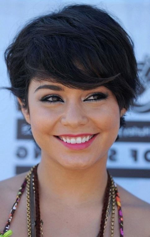 Vanessa Hudgens Short Hairstyle: Haircut With Side Swept Bangs Inside Vanessa Hudgens Short Hairstyles (Gallery 5 of 20)