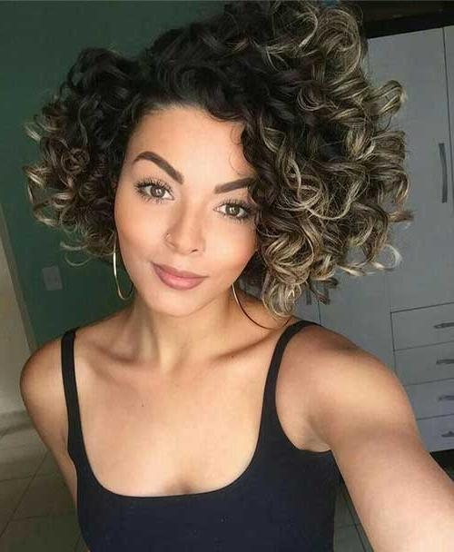 Very Popular Curly Short Hairstyles – Hairiz For Big Curls Short Hairstyles (View 20 of 20)