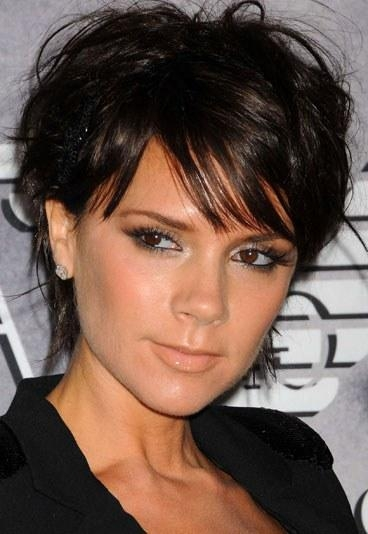 Victoria Beckham Short Hair Style – Our Top Celebs With Short With Regard To Victoria Beckham Short Hairstyles (View 10 of 20)