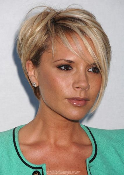 Victoria Beckham Short Haircut Victoria Beckham Hairstyle Short Blonde With Victoria Beckham Short Hairstyles (Gallery 20 of 20)