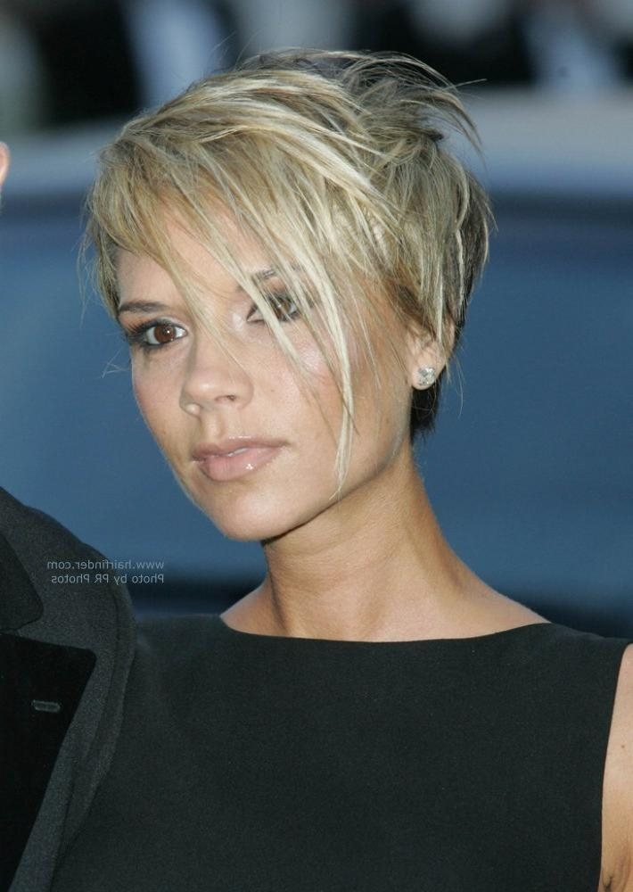 Victoria Beckham's Short Hairstyle | Marion Cotillard's Short Shag Intended For Victoria Beckham Short Hairstyles (View 8 of 20)