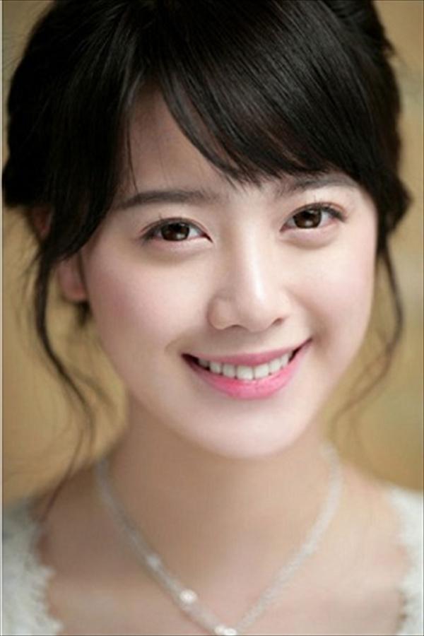 10 Cute Korean Hairstyles For Medium Hair | Cute Hairstyles 2017 With Regard To Cute Korean Hairstyles For Medium Hair (View 13 of 20)