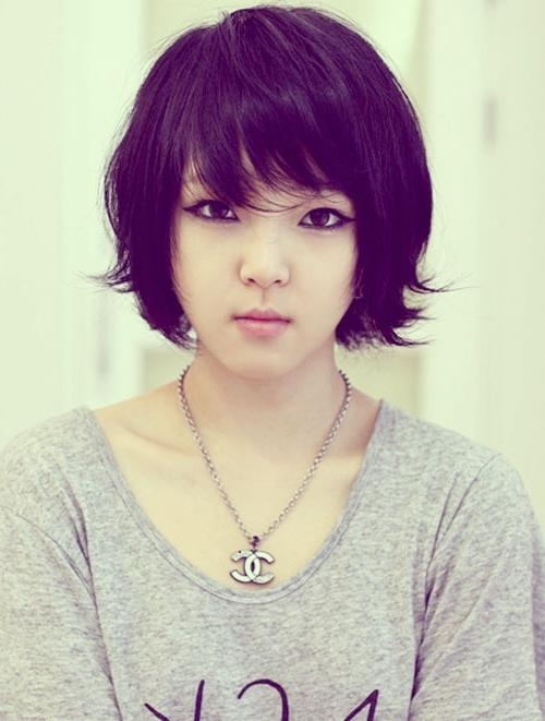Featured Photo of Cute Short Asian Hairstyles