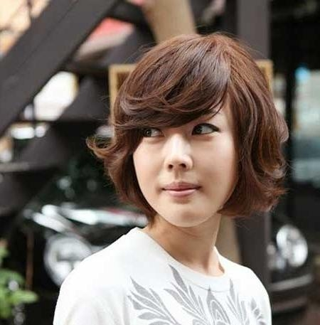 Featured Photo of Short Bob Asian Hairstyles