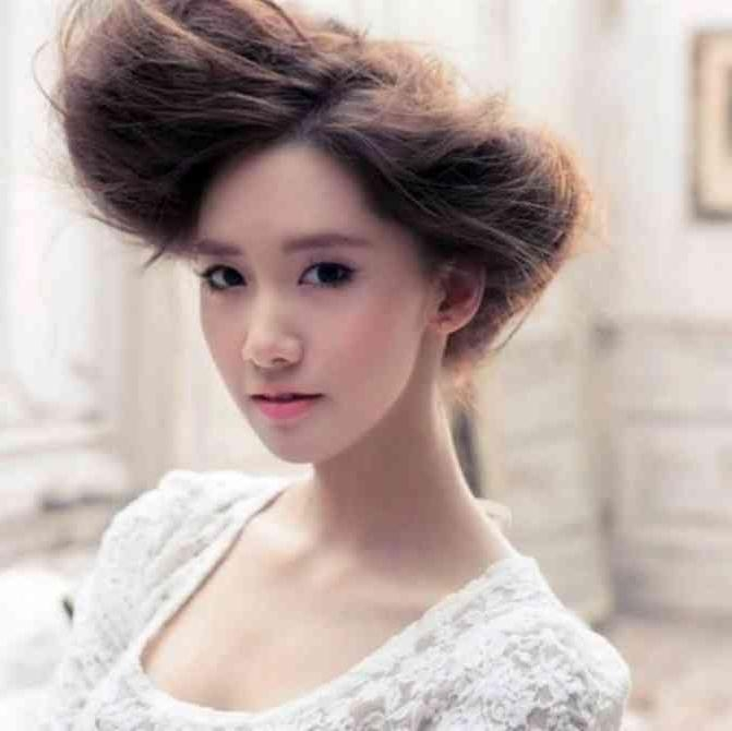 25 Awesome Shots Of Korean Hairstyle | Simple Stylish Haircut For Korean Hairstyles For Wedding (View 5 of 20)