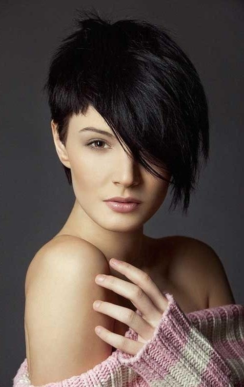 26 Best Short Haircuts For Long Face – Popular Haircuts Inside Edgy Asian Haircuts (View 5 of 20)