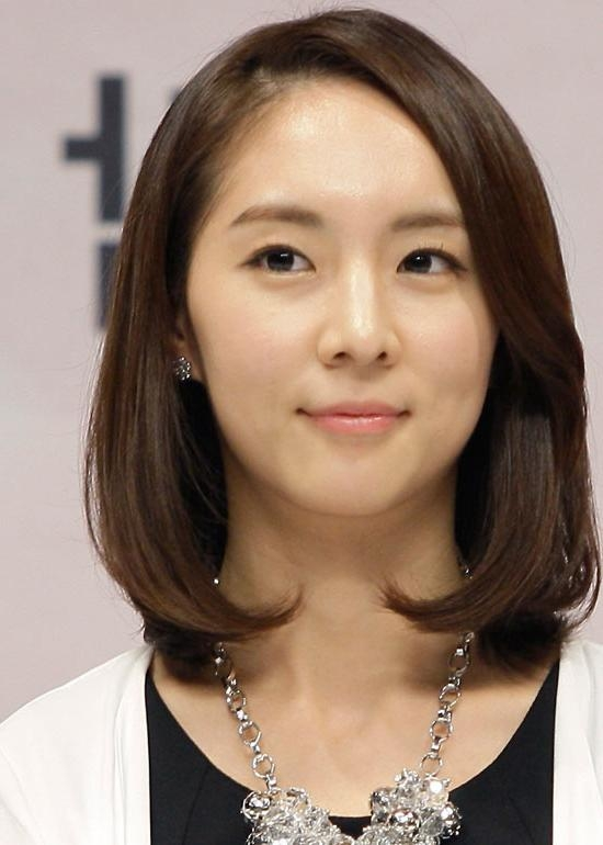 50 Korean Hairstyles That You Can Try Right Now Intended For Korean Hairstyles (View 11 of 20)