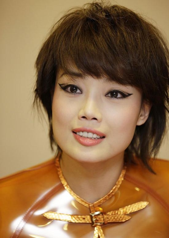 50 Trendy And Easy Asian Girls' Hairstyles To Try Throughout Edgy Asian Haircuts (View 7 of 20)