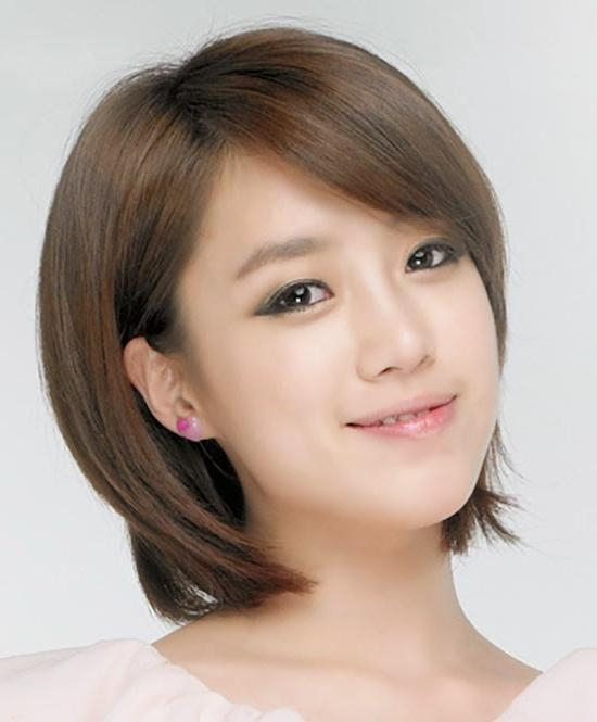 Amazing Secret Glamorous Korean Hairstyles For Girls – Hairzstyle Within Korean Hairstyles For Short Hair (View 4 of 20)