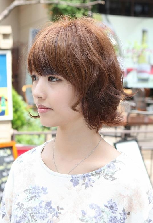 Asian Hairstyles: Layered Short Wavy Bob Hairstyle – Hairstyles Weekly Intended For Short Wavy Asian Hairstyles (View 7 of 20)