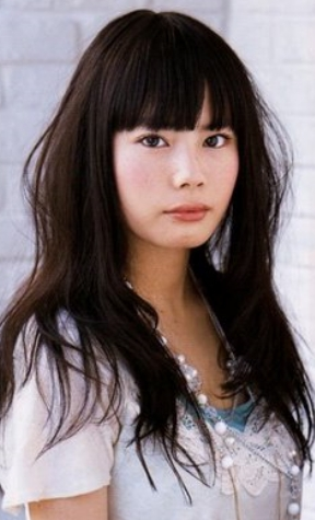 Asian Straight Hairstyles With Bangs Style For Young Women In Fall Within Cute Asian Haircuts With Bangs (View 9 of 20)