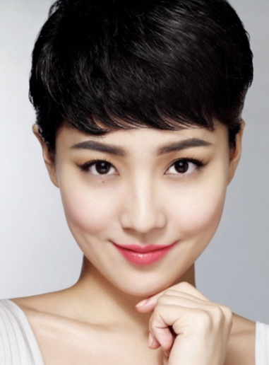 Asian Women Very Short Hairstyle With Long Bangs Pertaining To Very Short Asian Hairstyles (View 9 of 20)