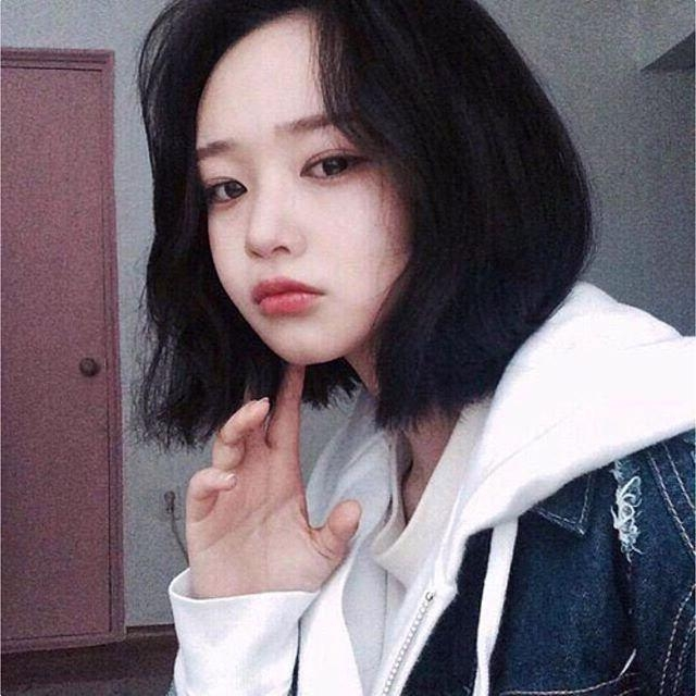 Best 25+ Ulzzang Short Hair Ideas On Pinterest | Korean Hair Intended For Short Korean Hairstyles For Girls (View 8 of 20)