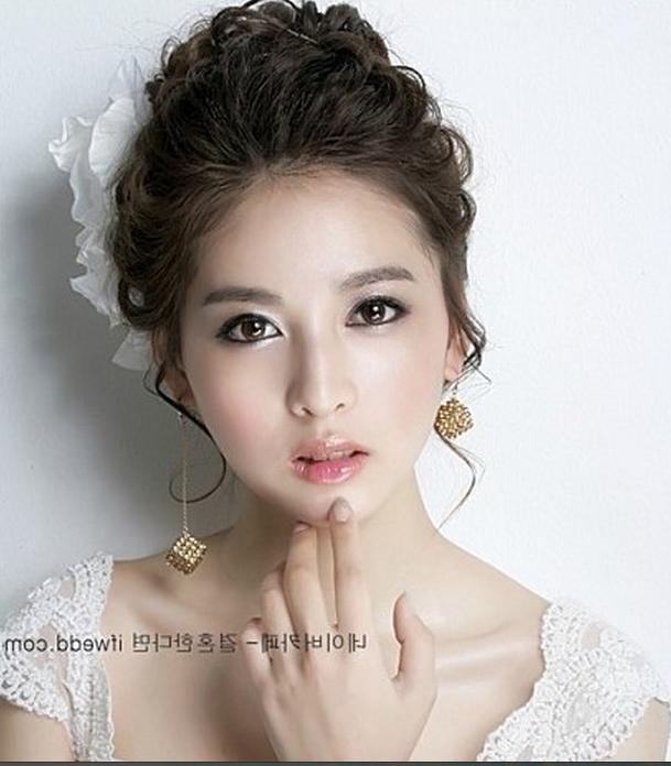 Bridal Hairstyle Korean: Korean Bridal Hairstyles (View 18 of 20)