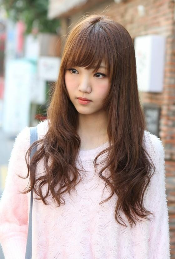 Cute Korean Hairstyle For Girls: Long Brown Hair With Bangs In Korean Haircuts For Girls (View 12 of 20)