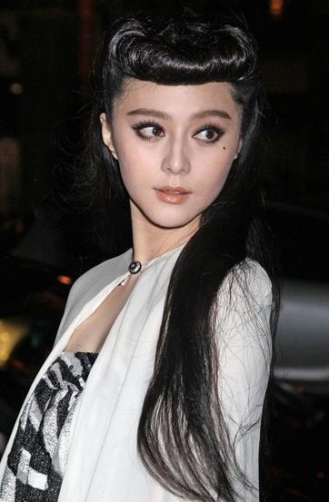 Fan Bingbing Long Black Retro Hairstyle – Hairstyles Weekly In Chinese Hairstyles For Long Hair (View 12 of 20)
