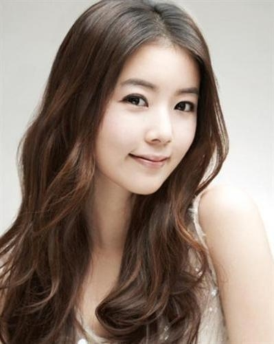 Korean Round Face Hairstyles 4 | Cecomment Regarding Korean Hairstyles For Round Face (Gallery 15 of 20)