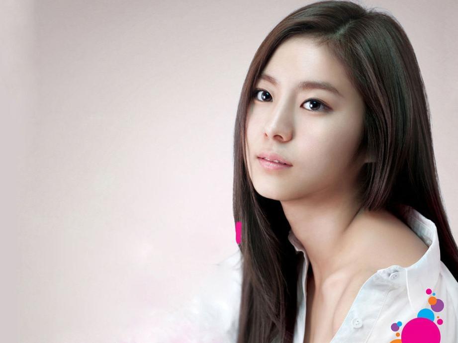Korean Women Hairstyles Ideas   Hairjos Inside Straight Asian Hairstyles (View 15 of 20)