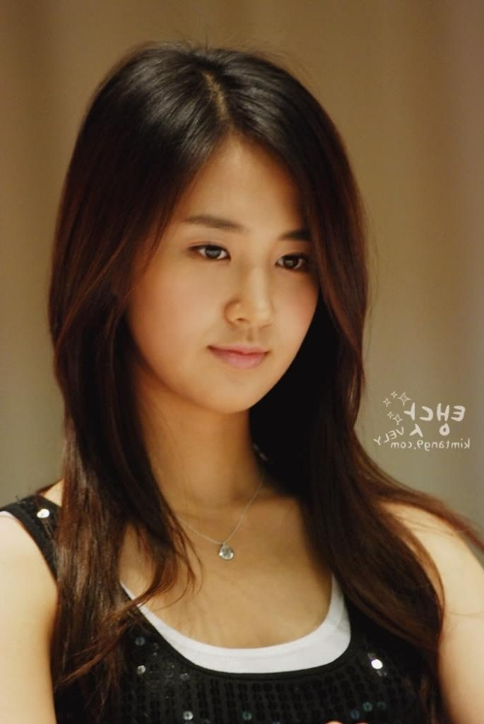 Medium Hair For Round Faces Asian Juz Yuri Girls Generation Snsd Pertaining To Cute Asian Hairstyles For Round Faces (View 17 of 20)