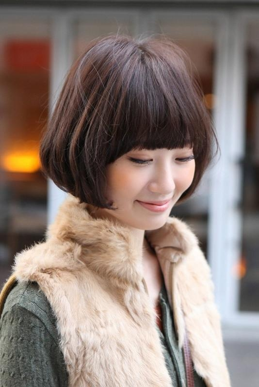 Medium Pageboy Bob – Casual Confidence – Hairstyles Weekly With Cute Asian Haircuts With Bangs (View 15 of 20)