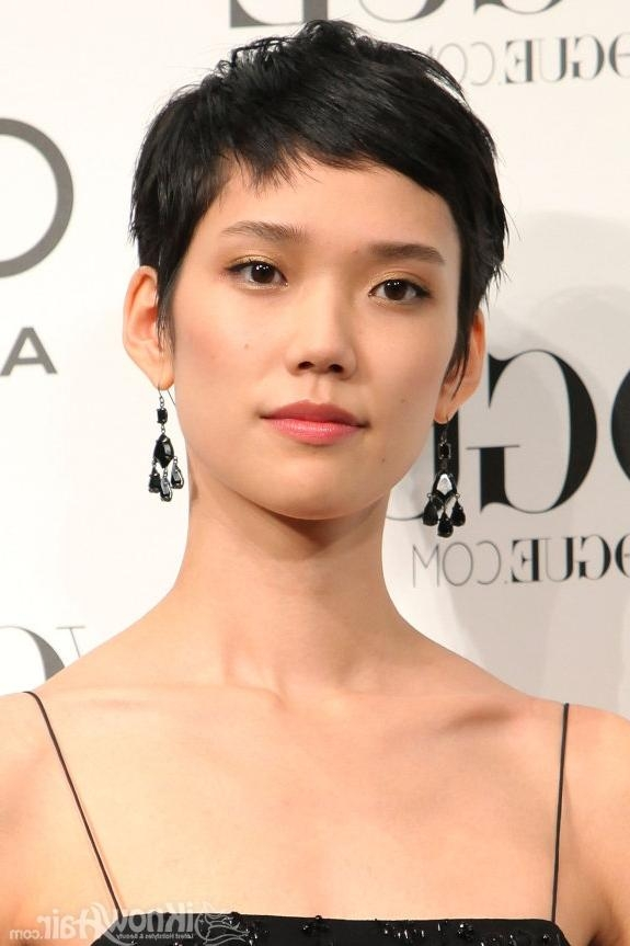 Short And Medium Hair Styles For Asian Women   Medium Hairstyles For Very Short Asian Hairstyles (View 16 of 20)