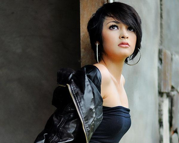 Showcase Your Locks With These 23 Short Asian Hairstyles – Slodive For Edgy Asian Hairstyles (View 18 of 20)