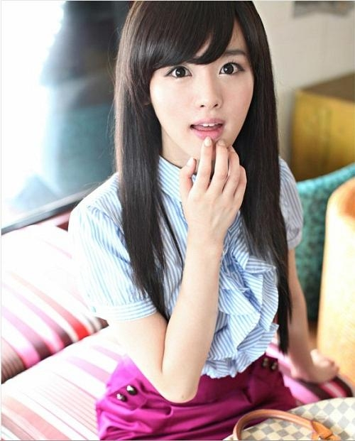 Straight Korean Hairstyles For Girls With Long Hair And Bangs Intended For Straight Korean Hairstyles (View 18 of 20)