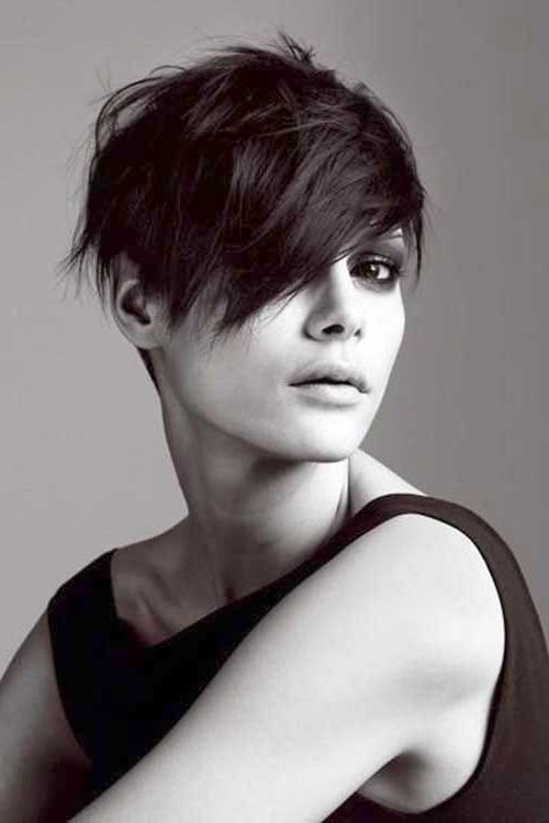 10 Good Pixie Haircuts For Round Faces (View 1 of 20)