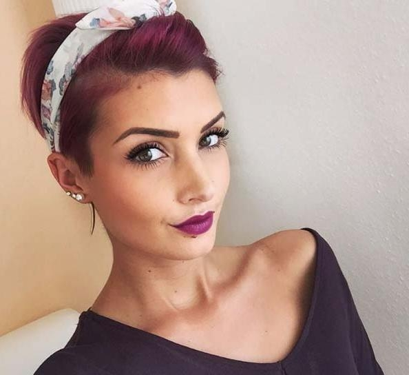 100 Top Pixie Haircuts Of All Time – Style Skinner Within Popular Pixie Haircuts With Headband (View 1 of 20)