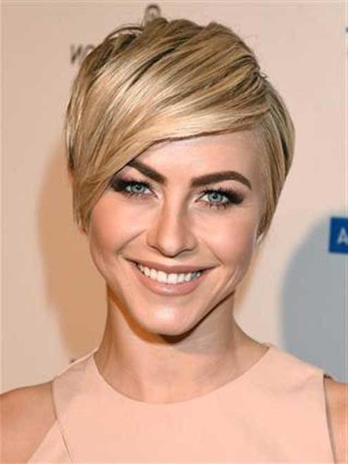 11 Radiant Short Hairstyles For Heart Shaped Faces With Popular Pixie Haircuts For Heart Shaped Face (View 15 of 20)