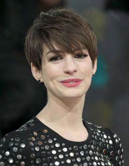 Featured Photo of Chic Pixie Haircuts