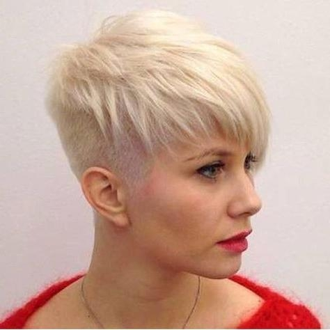15 Chic Short Pixie Haircuts For Fine Hair – Easy Short Hairstyles With Fashionable Short Pixie Haircuts (View 9 of 20)