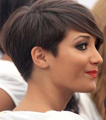 15 Choppy Pixie Cuts With Fashionable Tapered Pixie Haircuts (View 2 of 20)