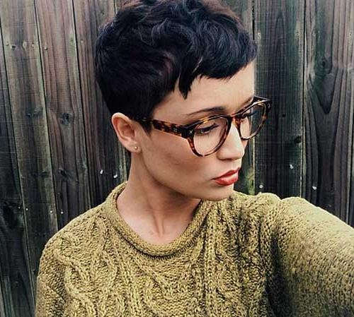 20 Girls With Pixie Cuts (View 4 of 20)