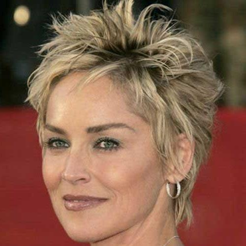 20 Pixie Haircuts For Women Over (View 3 of 20)