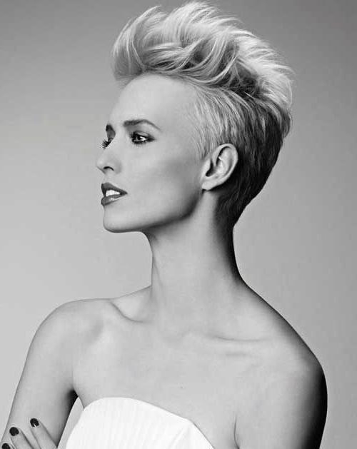 2015 Short Throughout Well Known Funky Pixie Haircuts (View 3 of 20)