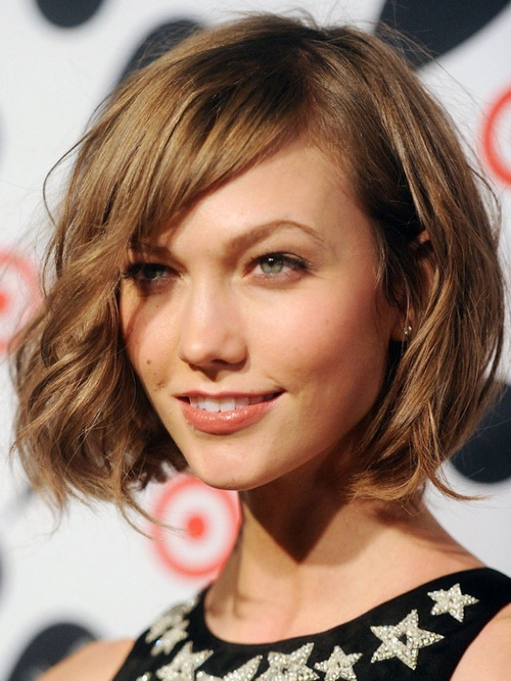 2017 Hair Inside Best And Newest Shaggy Bob Hairstyles For Thick Hair (View 2 of 15)