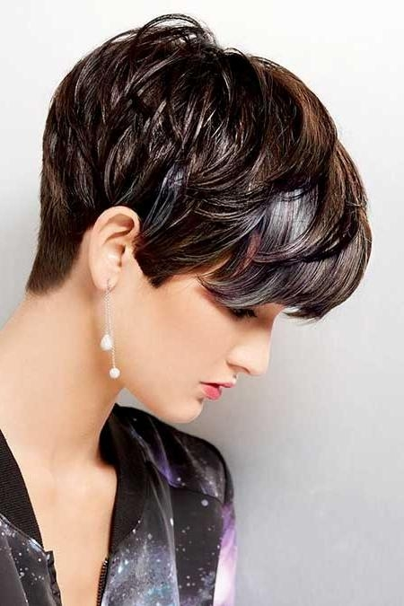 2018 Pixie Haircuts With Long On Top With Regard To 10 Most Flattering Long Pixie Hairstyle Ideas – Hairstylecamp (View 2 of 20)